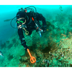 Подводен металотърсач Scuba Tector 60м
